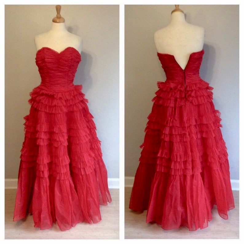 6b6779afb8 Vintage 50 s Red Poofy Strapless Sweetheart Gown