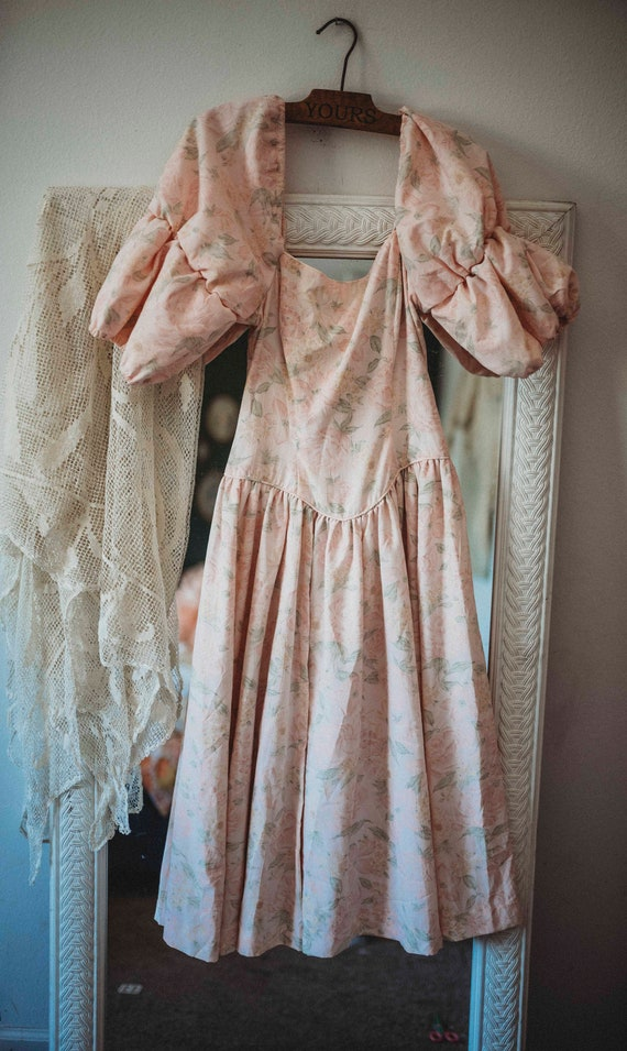 Vintage Pretty in Pink Dress    1980s Boho Gown   
