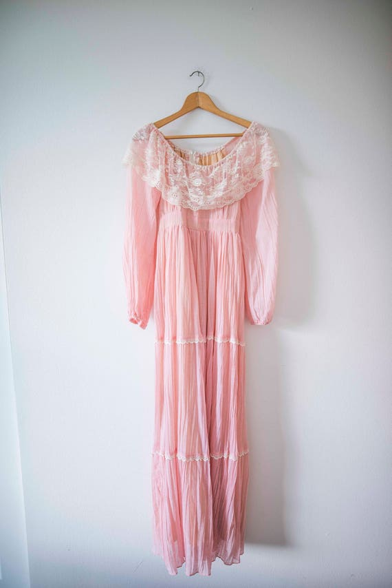 Dusty Rose & Lace Vintage Dress || Boho Off the Sh