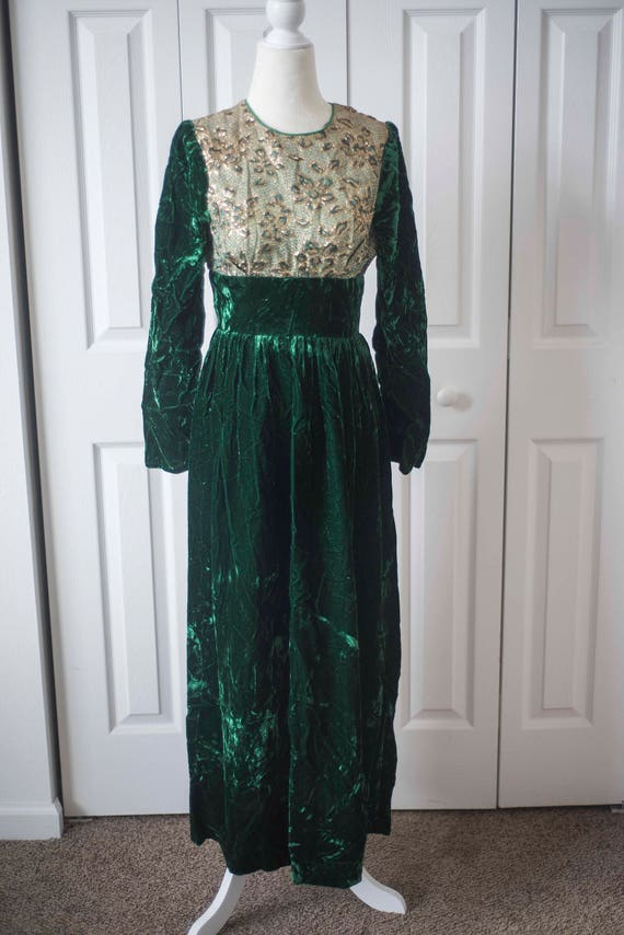Green Velvet 1940's Dress || Christmas Dress || Ev