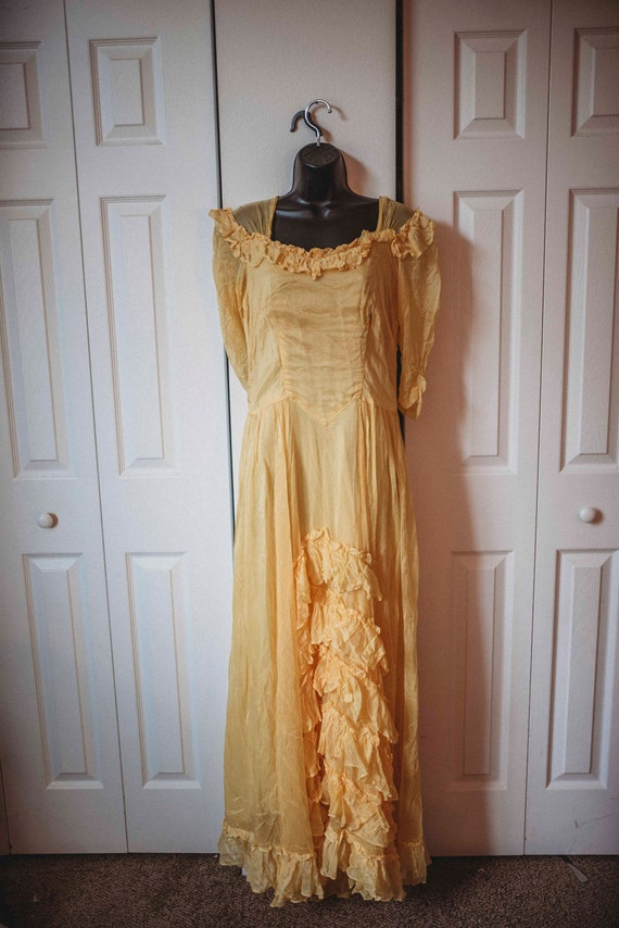 Beautiful Yellow 1930s Dress || Bias Cut Gown || R