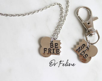 Necklace & animal Medal | Best friends | -for dog lovers; in order to show everyone that you are his best friend!