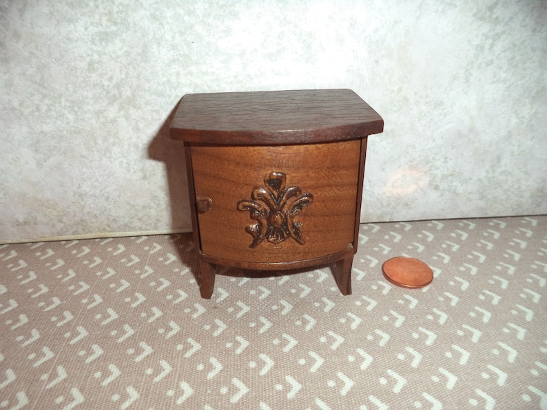 WALNUT DOLL HOUSE  MINIATURE 3 DRAWER END TABLE
