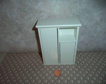 1:12 scale Dollhouse miniature Baby Wardrobe (White)