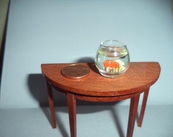 1:12 scale Dollhouse Miniature Goldfish in glass bowl