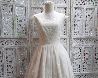 Vintage Lace Handmade 1950's style Wedding Dress with Organic cotton lining