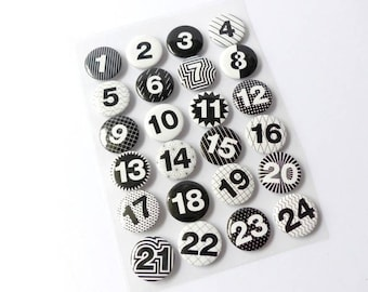 24 Advent Calendar numbers buttons pins black and white