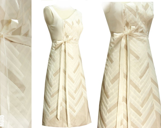 Unique YOSEGI Dress Taffeta creme ecru