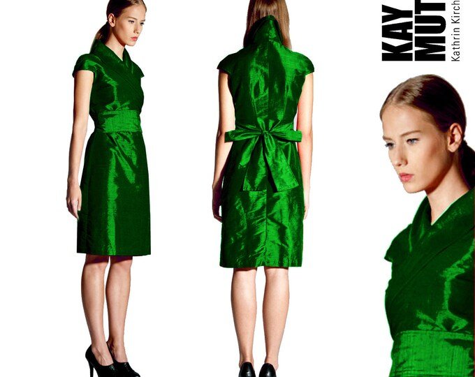 silk wrap dress in kimono style EMERALD colored