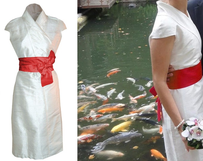 SALE 40% size XL silk wrap dress / weddingdress in kimono style from natural raw silk white offwhite creme dupioni