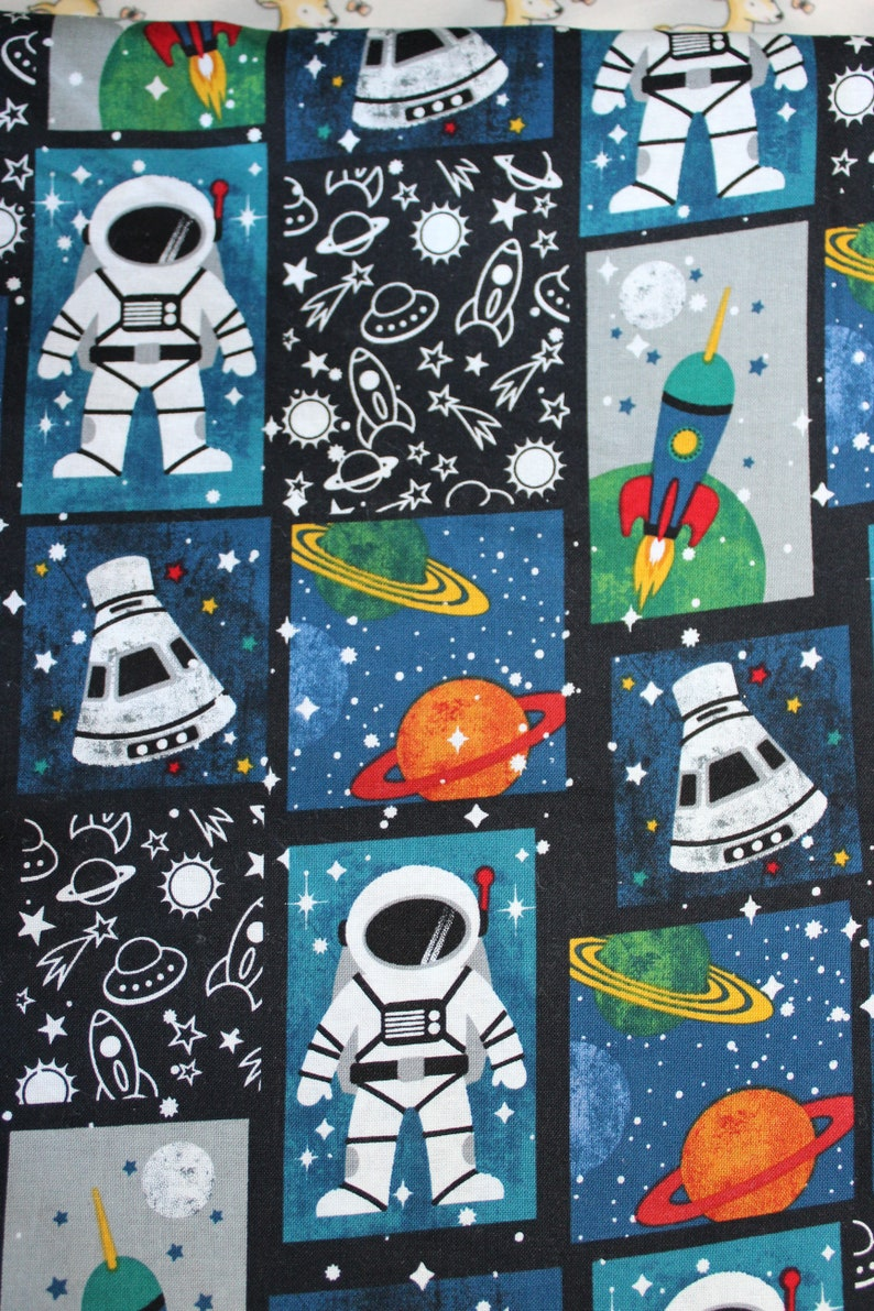 Children's Cot Sheet  Space image 0