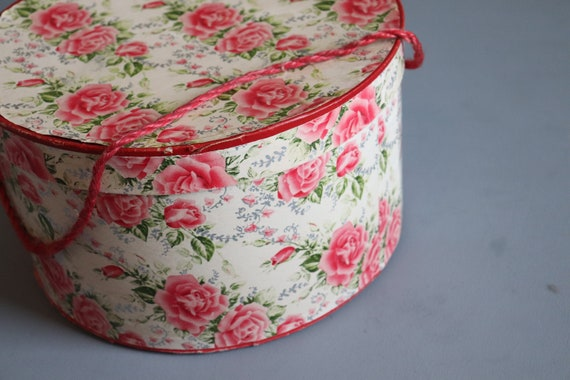 Vintage 1930's Pink Rose Round Hat Box