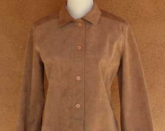 Vintage 90s Soft Suede Tan Caramel Beige Snap Button Shirt Blouse Jacket Womens sz S Leather 1990s Retro Western Southwestern Quilted Yoke