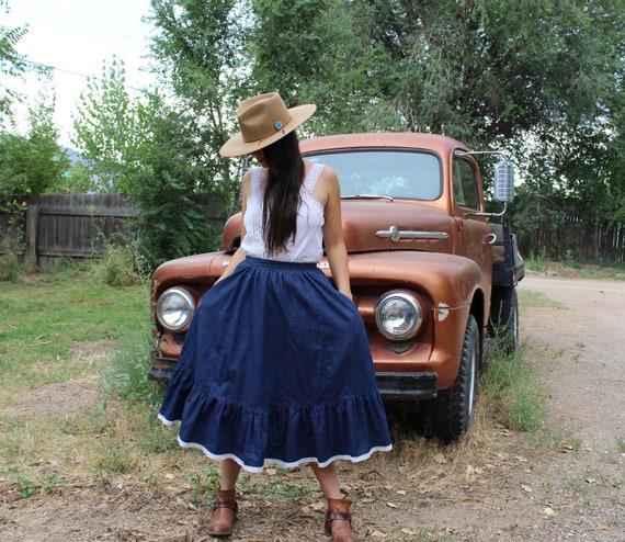 western denim skirt // broom skirt // eyelet lace… - image 2