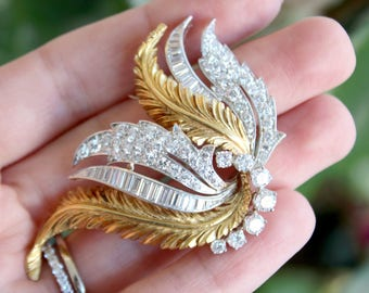 Vintage Brooch from 1950's Diamond and Gold 3.50 carats