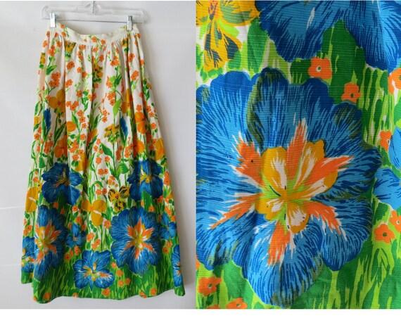 Tropical Maxi Skirt / Hawaiian Skirt / 60's Floral Skirt / Mod Floral Skirt / Size Small Medium / Hibiscus Flower Print / Hippie Skirt