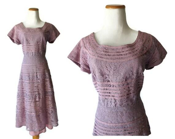 Lavender Lace Dress 1950's Party Dress 50's Day Dress Size Medium M Mid Century Retro Holiday Party Light Purple