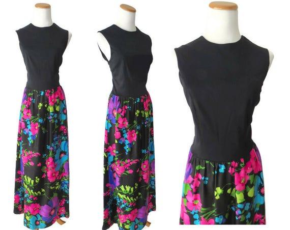 60's Maxi Dress / Mod Maxi Dress / Mod Floral Print / Flower Power / Size Medium / Hippie Flower Child Dress / 1960's Sleeveless Dress