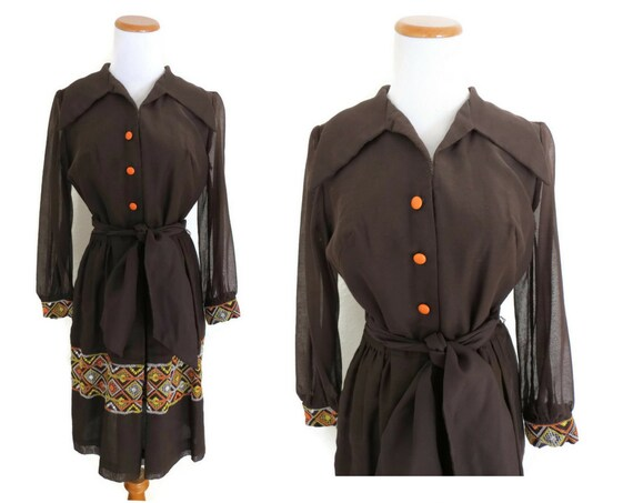 Embroidered Hippie Dress / 70's Shirt Dress / 1970's Folk Dress / Brown Shirtwaist / Long Sleeve Dress / Size Small