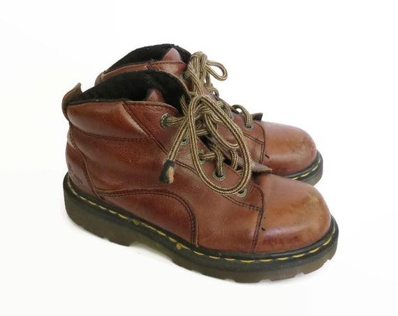 Doc Martens Hiking Boots / Dr Martens Boots / UK Size 3 / US Size 5.5 / 90's Shoes / Lace Up Boots / Made in England / Brown Leather