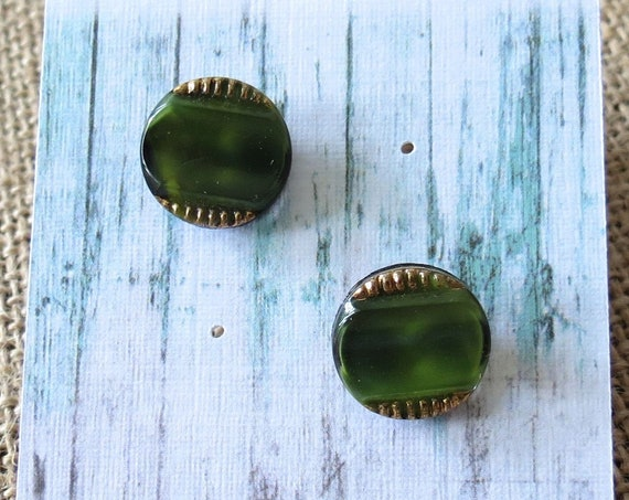 Vintage Button Earrings 50s Round Studs