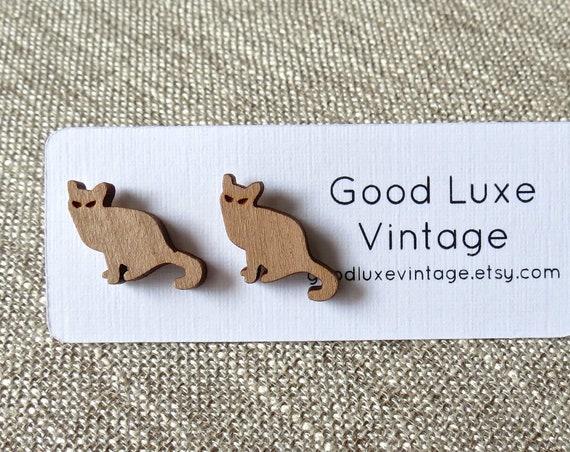 Cat Earrings / Laser Cut Wood Studs / Kitty Earrings / Wood Stud Earrings / Minimalist Jewelry / Kitten Studs / Cat Lover Jewelry