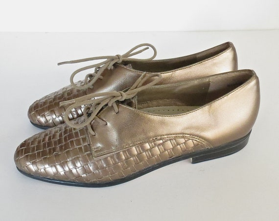 Woven Leather Flats / Metallic Bronze Flats / Lace Up Oxfords / Size 6 Narrow / Lace Up Flats / 90's Shoes
