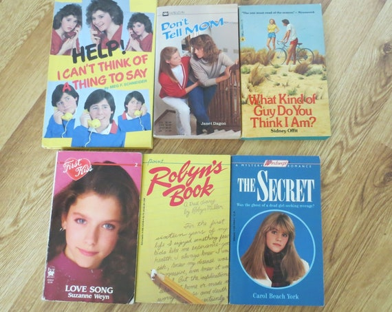 80's Paperback Book Lot / YA Paperbacks / 1980's Teen Books / Young Adult Fiction / Worthington Press / Windswept / First Kiss / Point