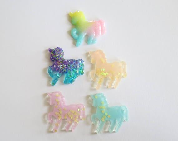 Unicorn Bobby Pin / Unicorn Hair Clip / Fairy Kei Hair Clip / Kawaii Hair Pin / Pastel Glitter Hair Accessory