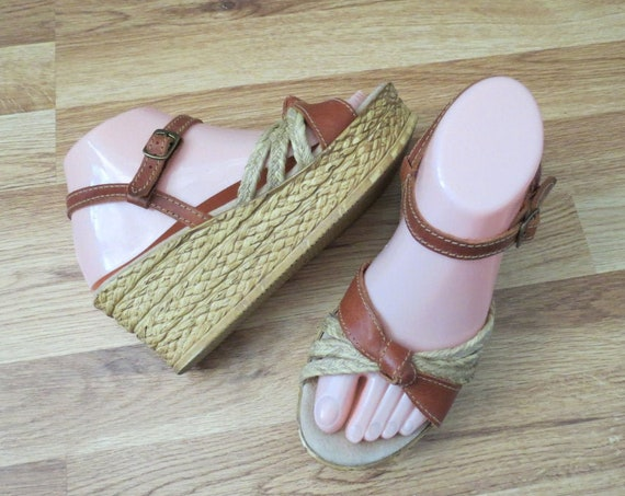 Boho Wedge Sandals / Hippie Wedges / Size 7 / Sbicca Shoes / Leather Wedges / Espadrille Sandals