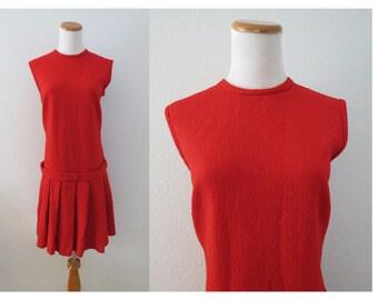 Cute Vintage 60s Navy Blue /& White Polyester Sleeveless Dress Big Collar Drop Waist Bust 32 Waist 26