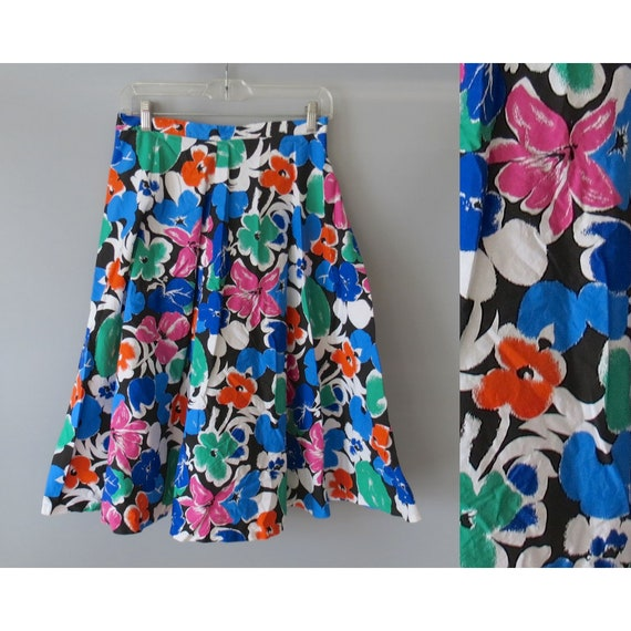 Bold Floral Skirt / Floral Print Skirt / High Waisted Skirt / A-line Midi Skirt / 1980's Skirt / 80's Floral Skirt / Size Small S