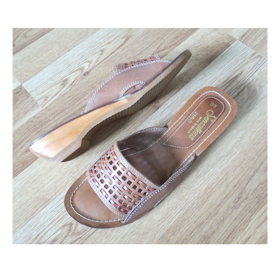 70s Sandals Vintage Woven Leather Flats