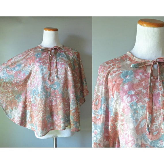 Vintage Boho Blouse Women's Bohemian Top 1970's 70's Sheer Floral Flowy Batwing Sleeves Hippie Blouse Muted Diluted Pastel Small Medium