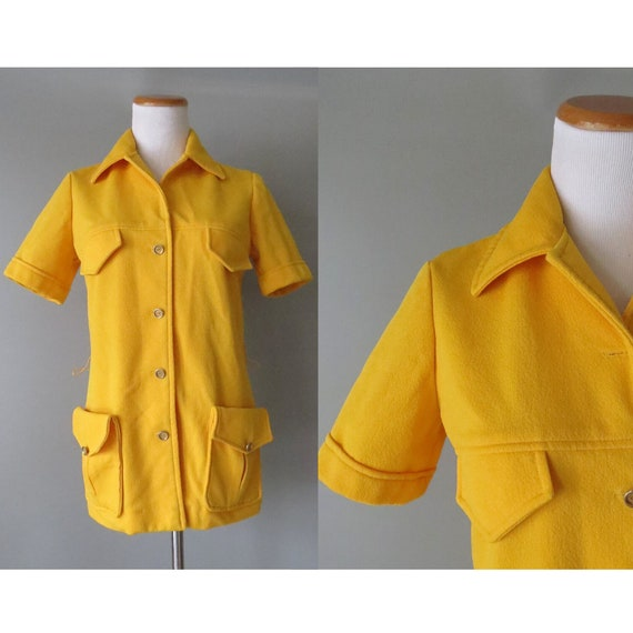 70s Tunic Top Yellow Mod Collared Blouse