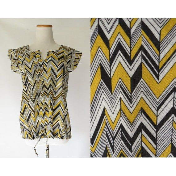 Op Art Blouse / Mod Top / Psychedelic Print Blouse / 70's Top / 1970's Blouse / Size Small medium / Yellow Black / Hippie Top