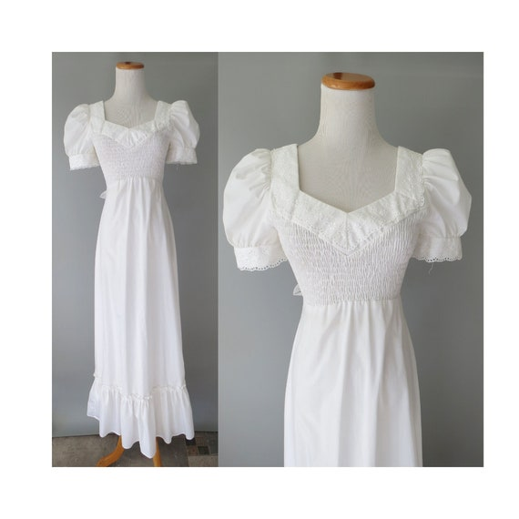 Casual Wedding Dress / Smocked Maxi Dress / 70's Wedding Dress / Eyelet Lace / 1970's Prairie Dress / Boho Hippie Wedding / Small Medium