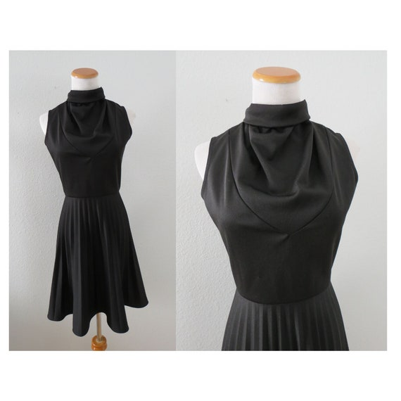 Black Mod Dress 60s Sleeveless Mini Dress