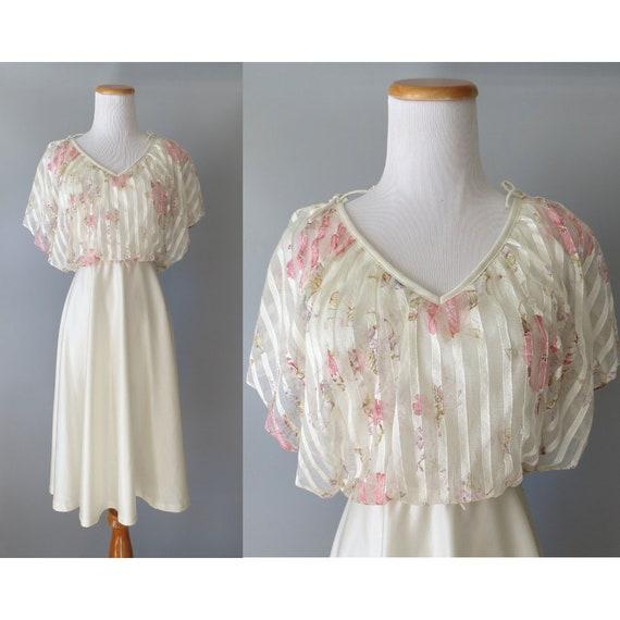Sheer Floral Dress / 70's Flutter Sleeve Dress / Bohemian Floral Dress / White Floral Dress / Size Small XS / Casual Wedding Dress