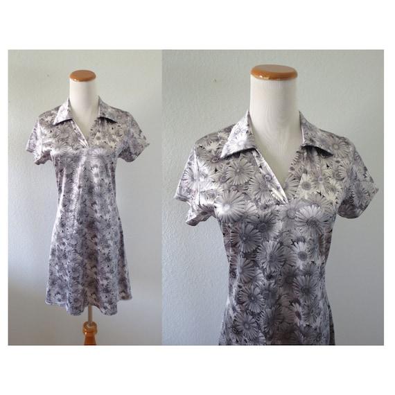 90s Daisy Dress Shiny Photo Print Dress
