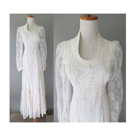 Gunne Sax Wedding Dress / Size 9 / 70's Hippie Dress / Boho Wedding Dress / Bohemian Lace Maxi Dress / Size Small / White Lace Maxi Dress