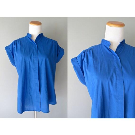 Royal Blue Blouse / 80's Top / 1980's Blouse / Cap Sleeve Blouse / Size Medium Large / Secretary Top / Work Blouse / Button Up Shirt