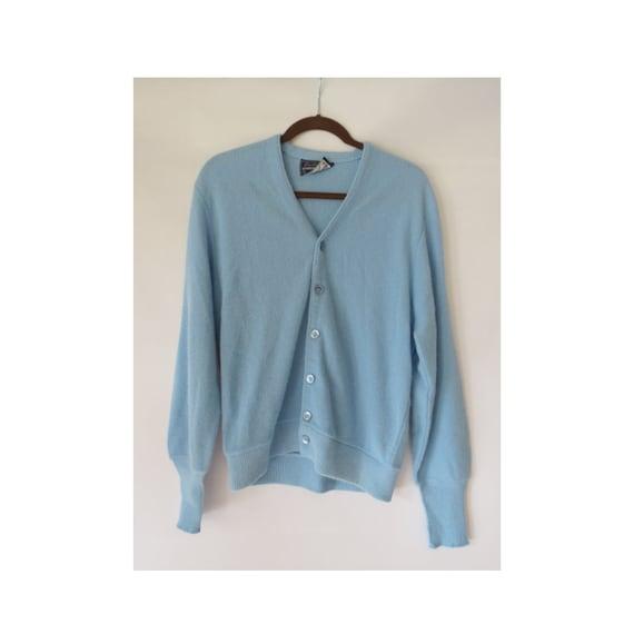 Baby Blue Cardigan / Men's Cardigan Sweater / Arnold Palmer Cardigan / Size Medium / V-neck Cardigan / Grandpa Cardigan Sweater