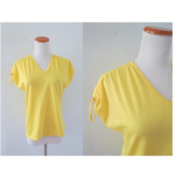 Retro Summer Blouse 80s Yellow V-neck Top
