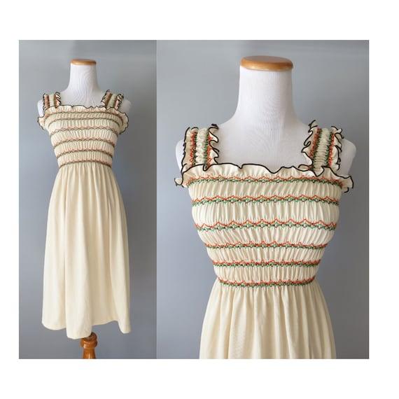 Smocked Sundress / 70's Sundress / Hippie Dress / Boho Sundress / 1970's Summer Dress / Cream Sundress / Size Small / Festival Dress