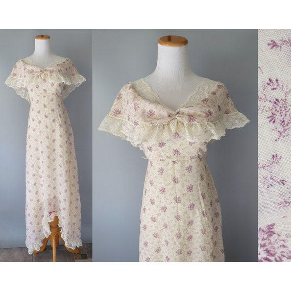 70's Maxi Dress / Boho Wedding Dress / 1970's Floral Lace Dress / Off the Shoulder Dress / Cream Lace Dress / Size XS / Bohemian Wedding