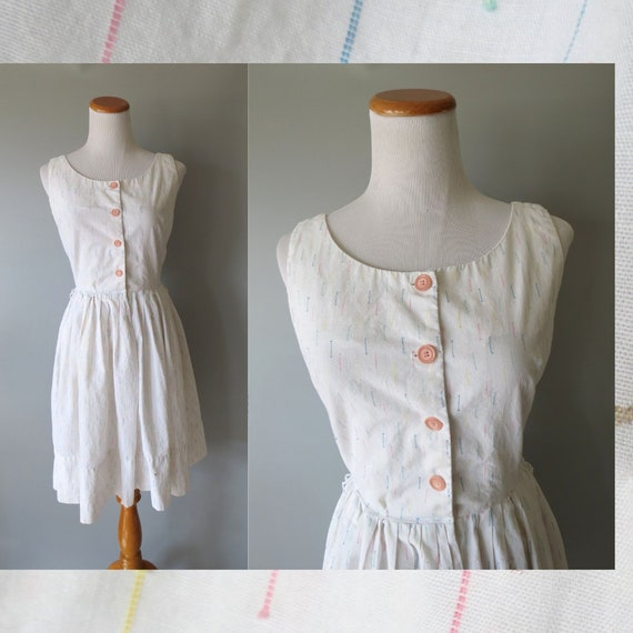 50's Sundress / 1950's Cotton Sundress / White Dress / Fit and Flare Sundress / Rainbow Sundress / Size Small / 50's Day Dress