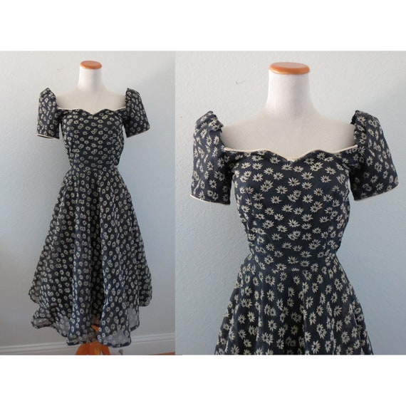 50s Floral Dress Full Skirt 1950s Dress