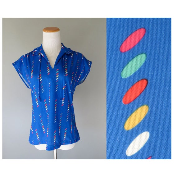 Rainbow Blouse / 80's Rainbow Top / Ruffle Collar Blouse / Size Small / Bow Tie Blouse / Abstract Print Top / Secretary Blouse