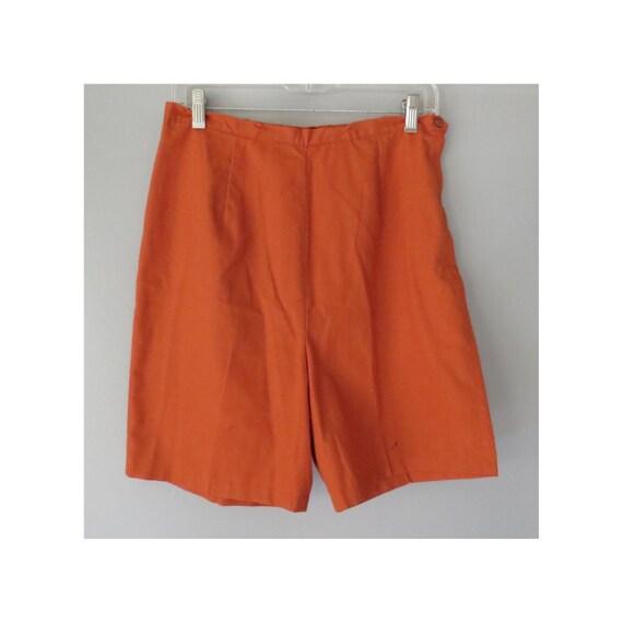 Nutmeg Brown Shorts / Neutral Shorts / High Waisted Shorts / 1970's Shorts / Rust Colored Shorts / Mod Shorts / Size Medium M